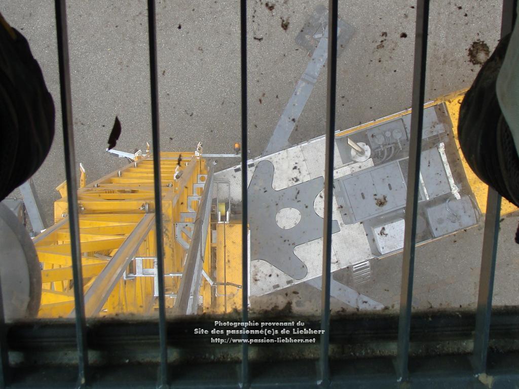 Grue mobile de construction Liebherr MK 63 20100410dsc04363--