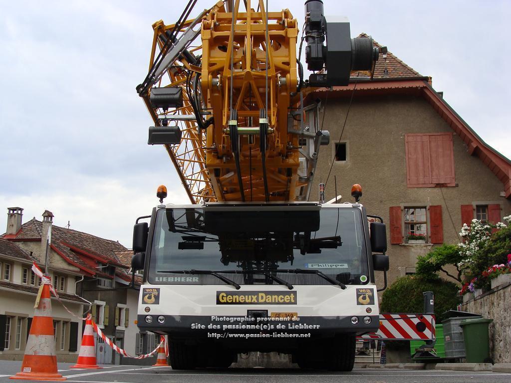 Grue mobile de construction Liebherr MK 88 20100608dsc04724-