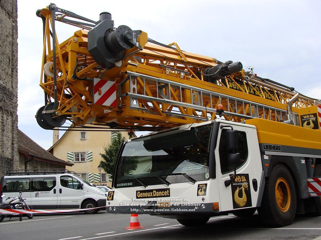 Grue mobile de construction Liebherr MK 88 20100608dsc04728-