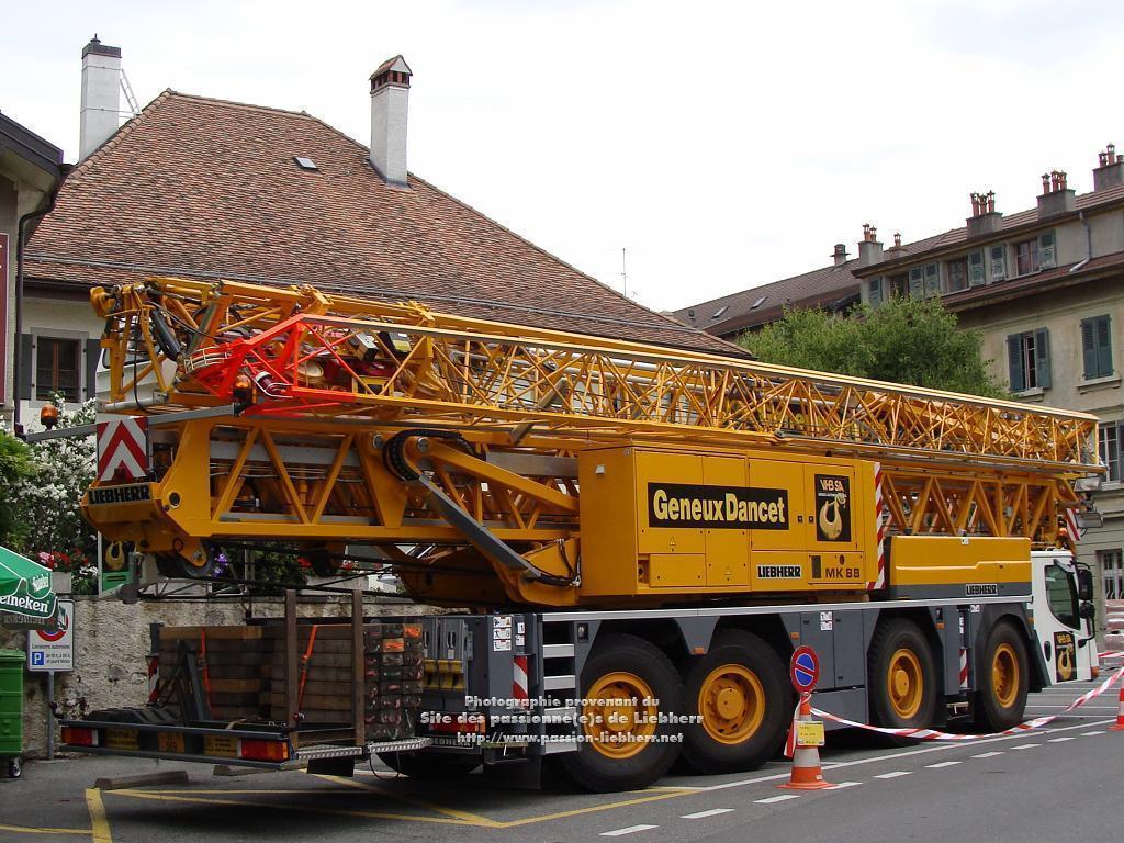 Grue mobile de construction Liebherr MK 88 20100608dsc04734-