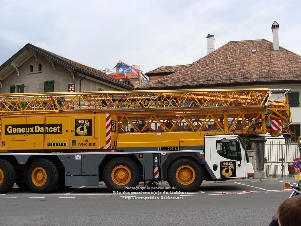 Grue mobile de construction Liebherr MK 88 20100608dsc04736-