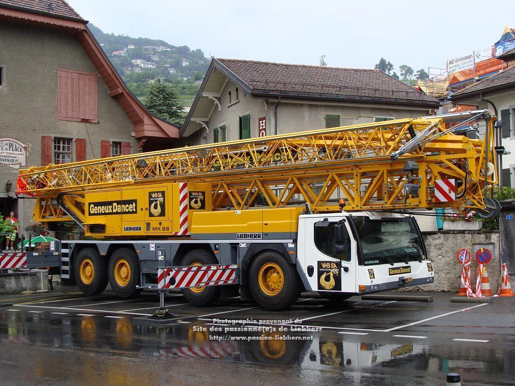 Grue mobile de construction Liebherr MK 88 20100608dsc04831-