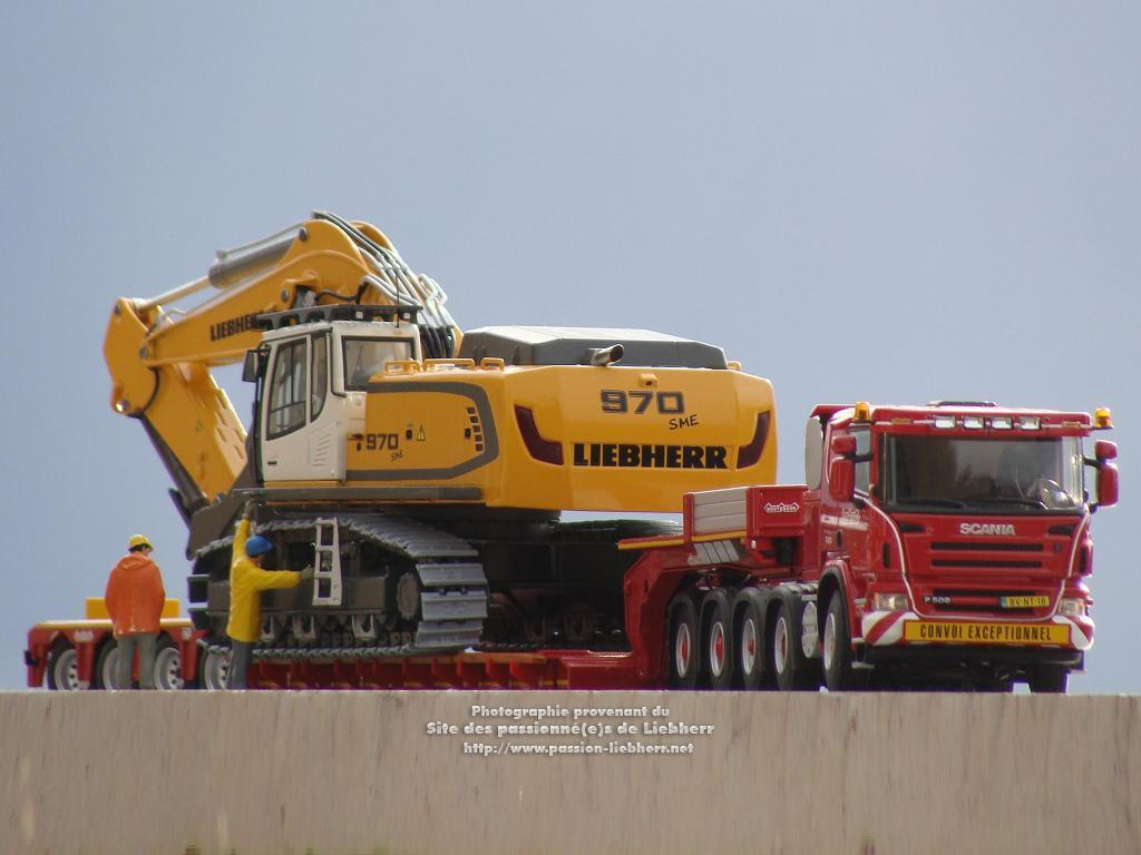 https://www.passion-liebherr.net/galeries/mr_lucien/2014_10_28_07_49_17_0.jpg